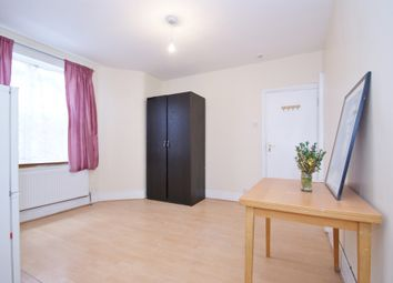 Thumbnail Studio to rent in Churchmead Road, London