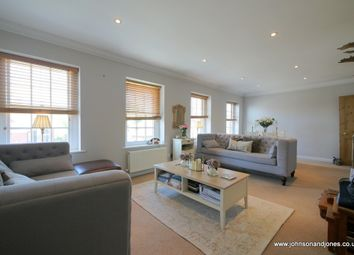 Thumbnail 2 bed flat for sale in Windsor Street, Chertsey