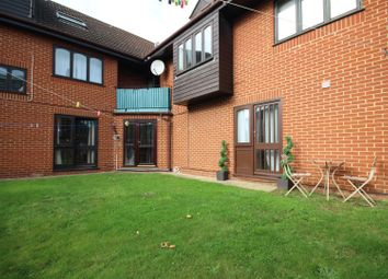 1 bed maisonette to rent in Bayliss Court, Guildford GU1