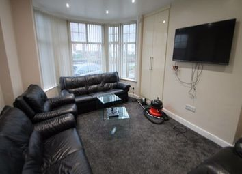 8 bed semi-detached house to rent in St Michaels Villas, Headingley, Leeds LS6