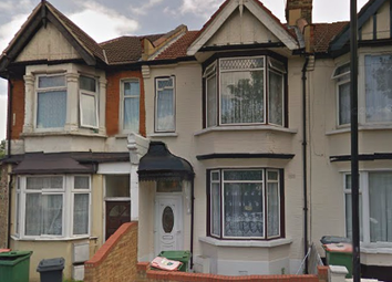 Thumbnail 3 bedroom property to rent in Boundary Road Plaistow