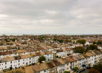 Thumbnail 2 bed flat to rent in Ellen House, Clarendon Road, Hove, East Sussex