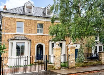 Thumbnail 6 bed detached house to rent in Vine Road, East Molesey