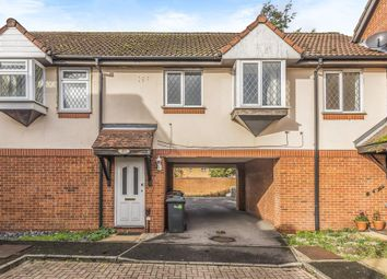 Thumbnail 1 bed flat to rent in Slough, Berkshire