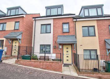Thumbnail 3 bed town house for sale in Featherwood Avenue, Scotswood, Newcastle Upon Tyne