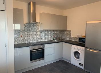 Thumbnail 3 bed flat to rent in Commercial Street, Aldgate East