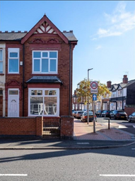 Room to rent in Bearwood Road, Smethwick B66