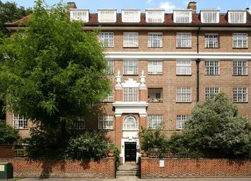 Thumbnail 2 bed flat to rent in Kings Court South, Chelsea Manor Gardens, Chelsea