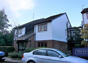 Thumbnail Flat for sale in Marina Approach, Hayes