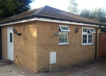 Thumbnail 1 bed bungalow to rent in Spring Grove Road, Isleworth