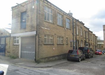 Thumbnail Warehouse to let in Hillside Road, Bingley
