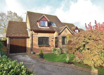 Thumbnail 3 bed detached house for sale in Stretton Close, Southend, Reading