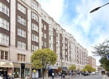 4 bed flat to rent in Queensway, Bayswater, London W2