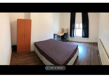 Thumbnail 3 bed flat to rent in Cross Woodstock Street, Leeds