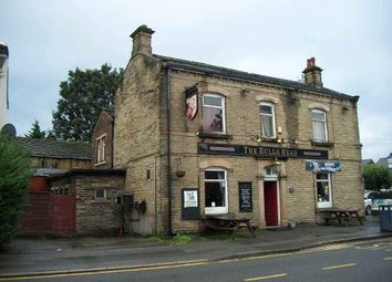 Thumbnail Pub/bar for sale in Huddersfield Road, Ravensthorpe, Dewsbury