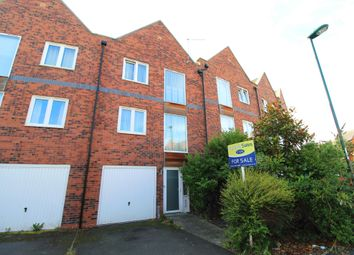 3 bed town house for sale in Caxton Road, Carrington Point, Nottingham NG5