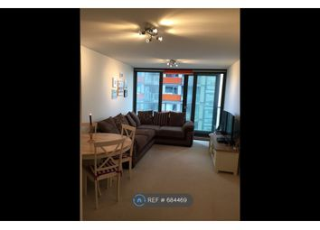 1 bed flat to rent in Blackwall Way, London E14