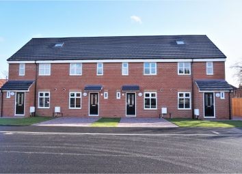 Thumbnail 3 bed town house for sale in Ganners Rise, Bramley