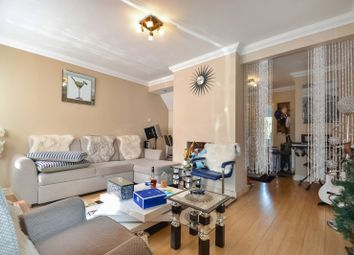 Oval Road North, Dagenham RM10. 2 bed terraced house