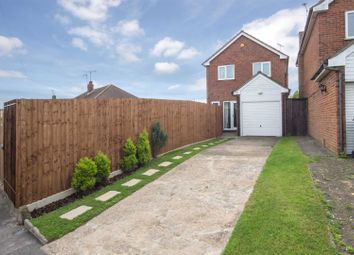 Thumbnail 3 bedroom detached house for sale in Emerald Road, Luton