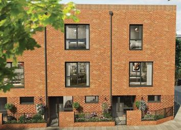 Thumbnail 4 bedroom town house for sale in Benhill Road, Camberwell, London