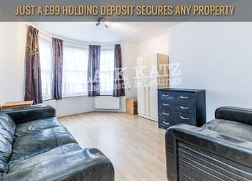 Thumbnail 4 bed flat to rent in Richmond Grove, London