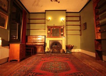 2 bed maisonette for sale in Blackstock Road, London N4