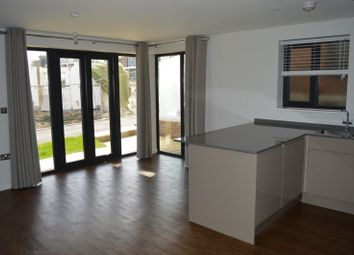 Thumbnail 2 bed flat to rent in Medina Breeze Walk, Binfield, Newport