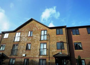Thumbnail 2 bedroom flat to rent in Oakley House, Court Road, Southampton