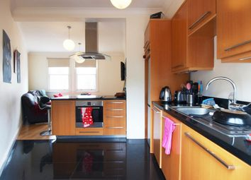 Thumbnail 3 bed flat to rent in Beatrice Road, Finsbury Park