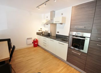 2 bed flat to rent in North Bank, Sheffield S3