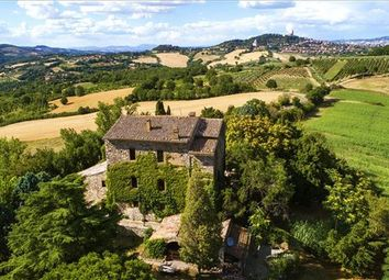 Thumbnail 7 bed farmhouse for sale in 06059 Todi Pg, Italy