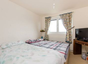 Thumbnail 1 bed flat for sale in Greenfield House, Southfields