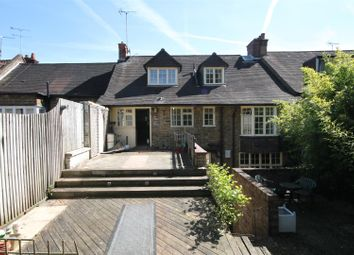 Thumbnail 5 bed property to rent in Watling Street, Radlett