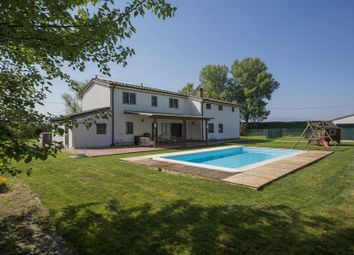 Thumbnail 6 bed detached house for sale in 51013 Chiesina Uzzanese, Province Of Pistoia, Italy