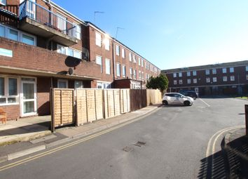 3 bed maisonette for sale in Walsham Close, London N16