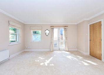 Thumbnail 2 bed flat to rent in Finchley Road, Hampstead NW3,