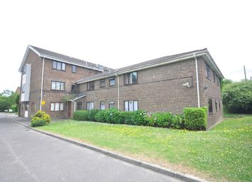 Thumbnail 1 bed flat to rent in Brighton Road, Crawley