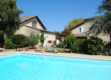 Thumbnail Commercial property for sale in Near-Saint-Emilion, Dordogne, France