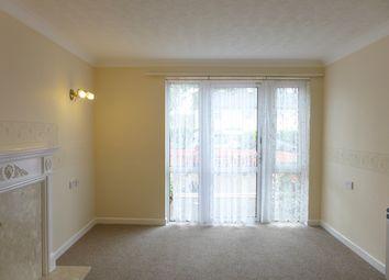 1 bed flat to rent in Hamilton Court, Salterton Road, Exmouth, Devon EX8