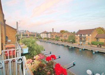 Thumbnail Flat to rent in Whiteadder Way, London
