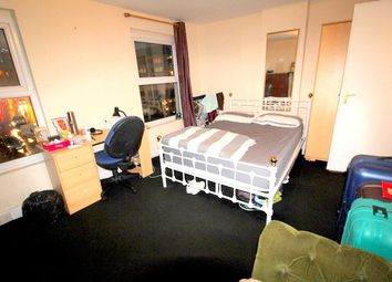 Thumbnail Room to rent in Lower Road, Surrey Quays