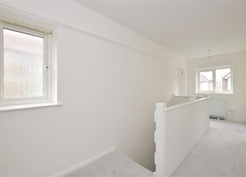 Thumbnail 2 bedroom flat for sale in Kings Avenue, Chichester, West Sussex