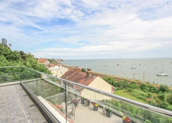Thumbnail 4 bedroom flat for sale in Grand Parade, Leigh-On-Sea