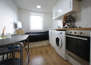 Thumbnail Studio to rent in Walworth Place, Elephant And Castle