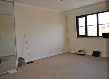 Thumbnail Studio to rent in Newcourt, Cowley, Middlesex