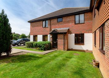 Thumbnail 1 bed flat for sale in Chelsea Gardens, Sutton, Surrey