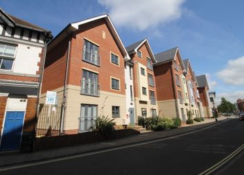 2 bed flat to rent in St. James's Street, Portsmouth PO1