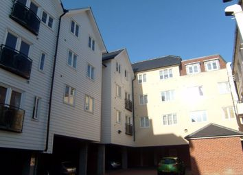 Thumbnail 2 bed flat to rent in Fairfield Road, Braintree