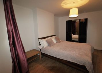 Thumbnail 1 bedroom flat to rent in Canning Crescent, London